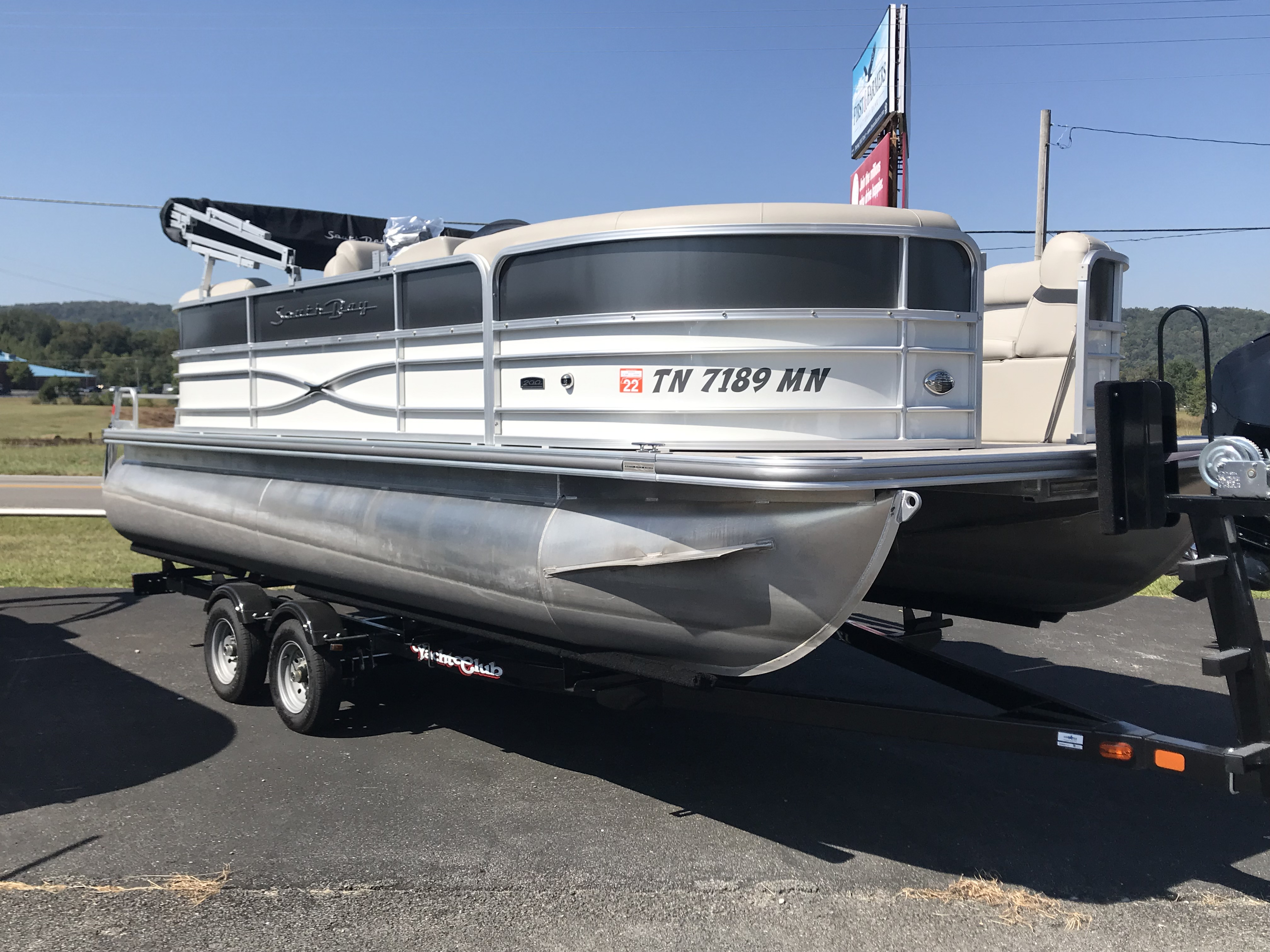 2019 SouthBay 220RS 2.0 115HP
